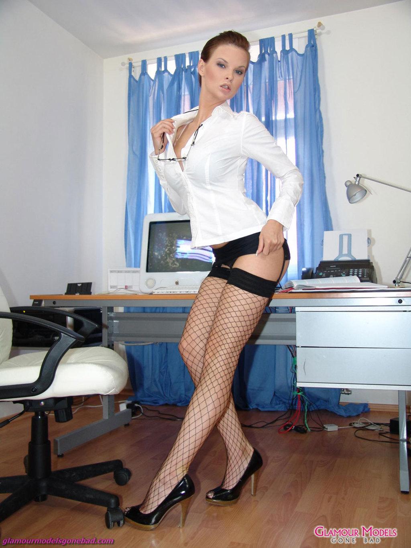 Сучки медсестра в чулках 14 фотография